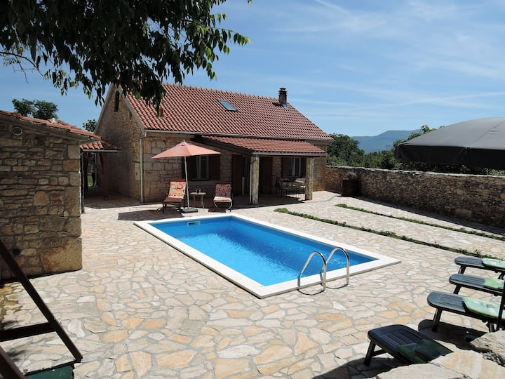 Holiday house Tihomir - with pool : Drnis, Riviera Sibenik