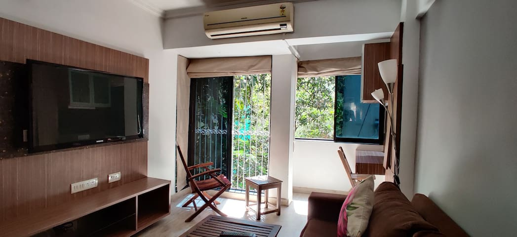 [PRICE DROP] Chill, 1BHK studio home in Bandra
