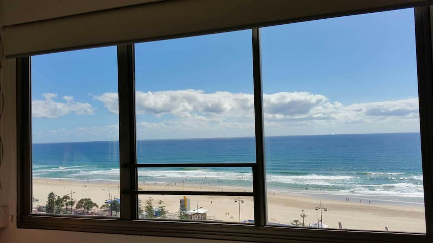OCEAN VIEW STUDIO FLAT - Surfers Paradise - Apartment