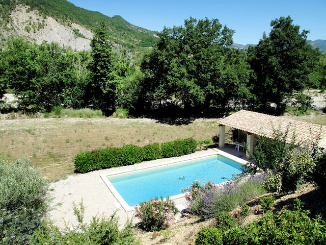 Holiday home in Les Pilles - Nyons - Haus