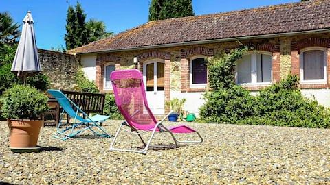Gite de Hount de Barthe - sunny holiday home Gers