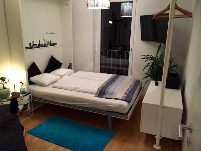 Ruhig, sauber, nettes Zimmer in MUC OST - München