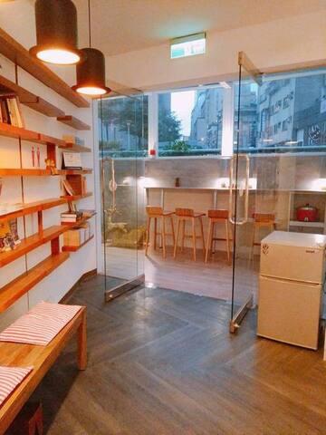 【타이베이 중앙역】신비한 방 *특별 할인가