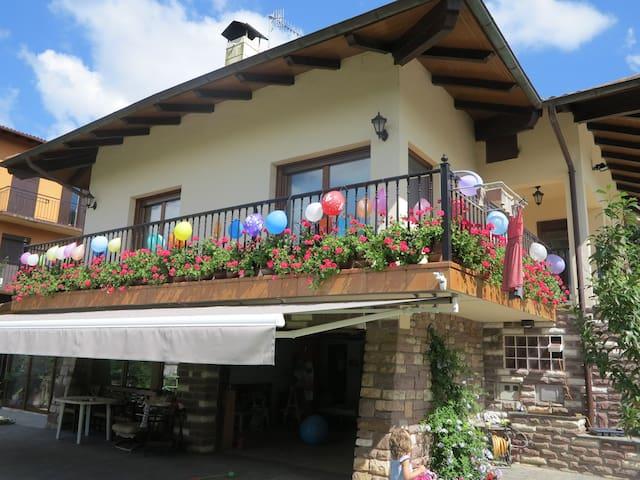 Haus mit Garten 10 km von San Sebastian