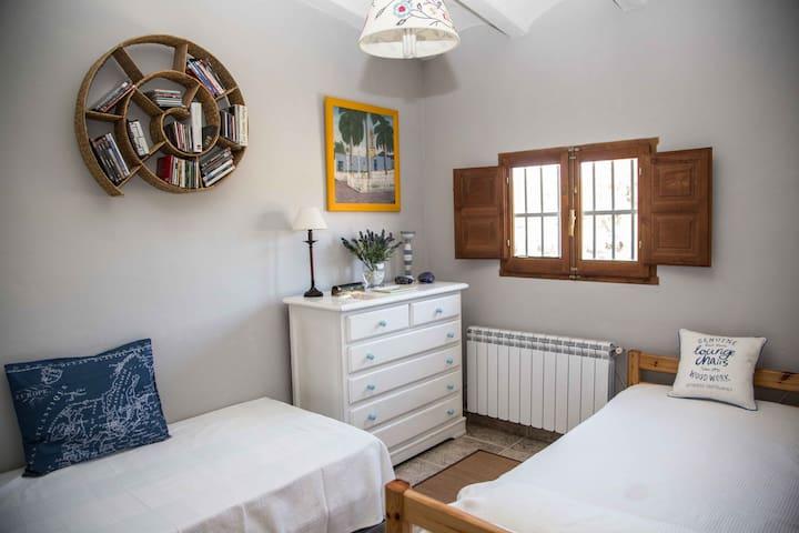 Bonita Habitación con vistas Doble +1 - Camarles - 別荘