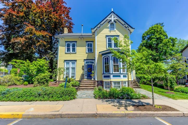 The Aaron Burr House
