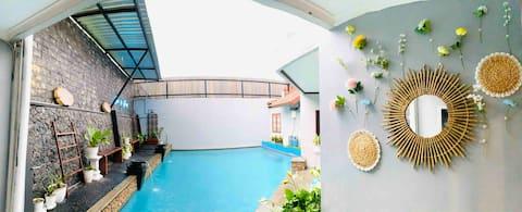 CASA de GRANADA - PRIVATE POOL Villa @ Batu City