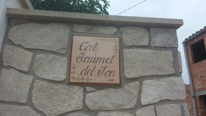 Cal Jaumet del Ton ,casa de una sola planta.