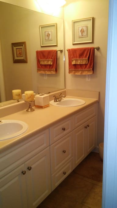 Double sinks with private lavatory