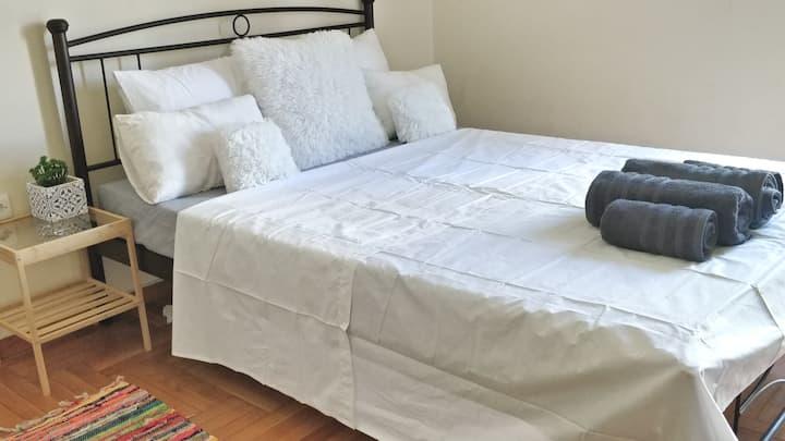 Comfy room near Metropolitan Hospital ATH