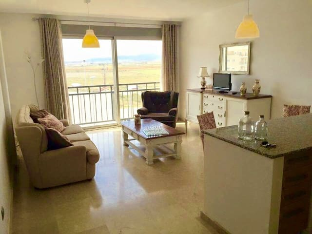 Pinoso town center 2 bed apartment great view - Pinoso - アパート