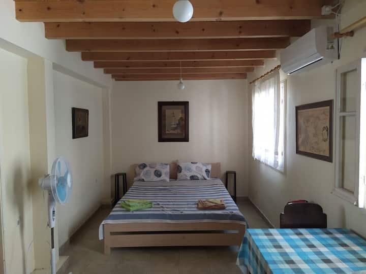 lefkada city centrer modern house