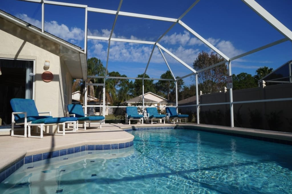 windward-cay-vacation-home-swimming-pool-1