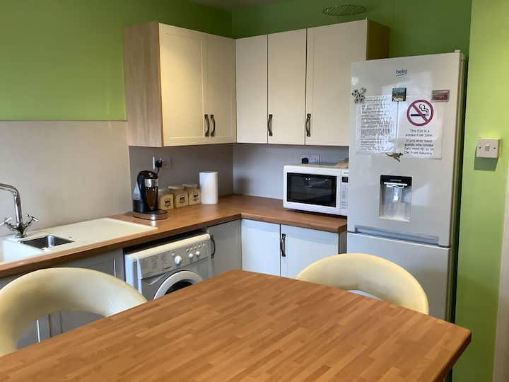 Private double room in Aberdeen city centre