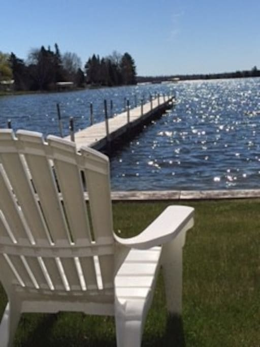 Crooked lake front cottage great for fishing cabins for for Fishing cabins in michigan