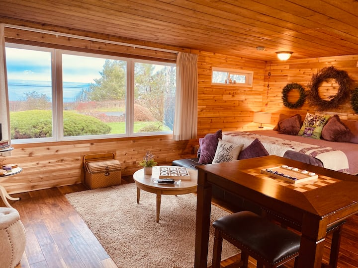 4-Water View-Beach access-Sequim's Lavender Room