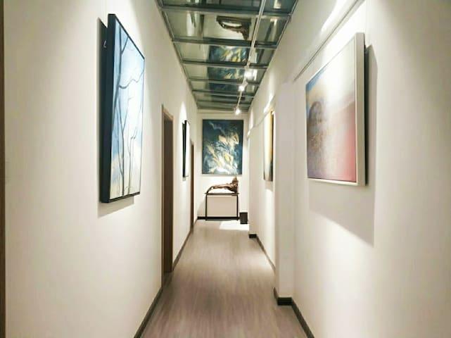 町舍  原创艺术民宿 家庭套房8号  两室一厅