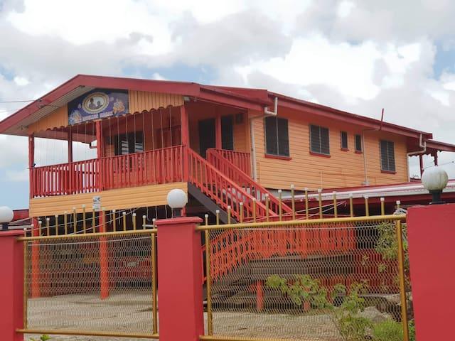 Spacious 3 bedroom house Nausori Town area