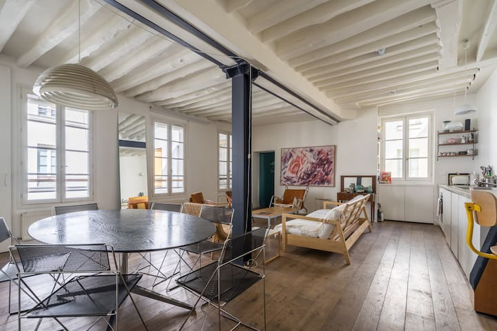 Cosy Loft  in the Upper East Marais 💕💕!!!!!