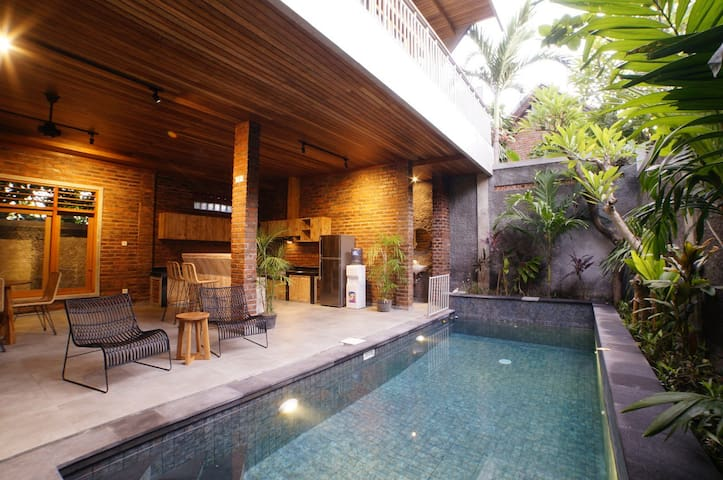 3BR Designed Villa Seminyak ☞Zuper Promo OFFER