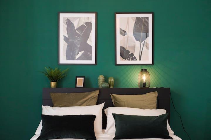 Cozy Apartment-Pignasecca Street