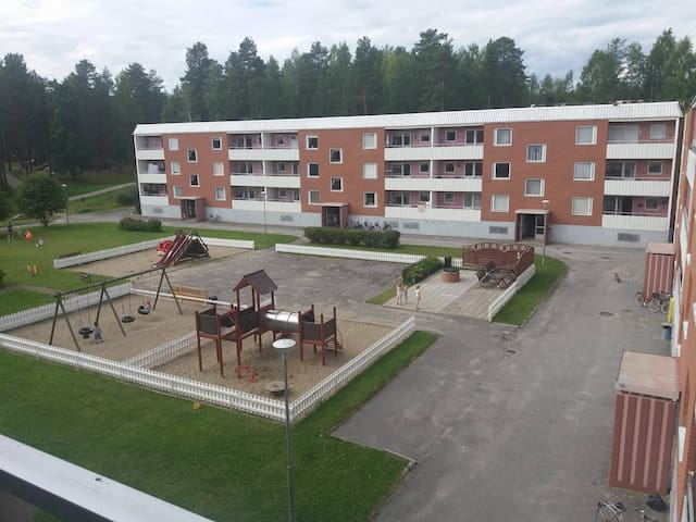 Central appartment and beautiful nature, Lycksele