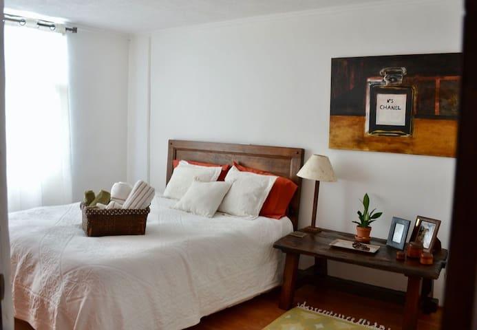 Acogedor y elegante apartamento en zona  exclusiva