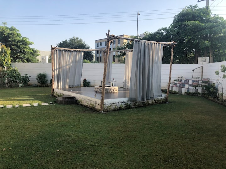 Lush-Green House(Outdoor BBQ)(Near Jaipur Airport)