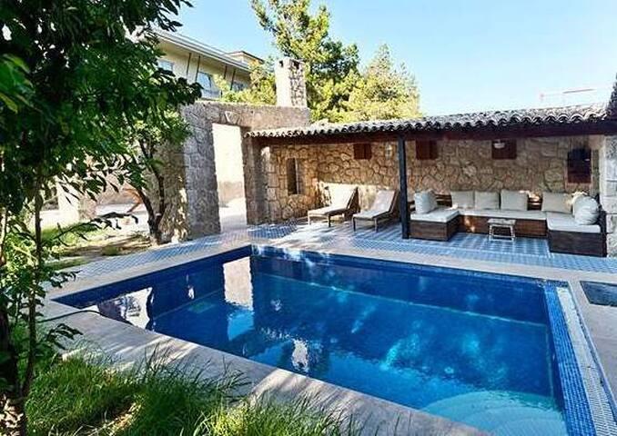 Villa Stone House - Kıbrıs - Villa