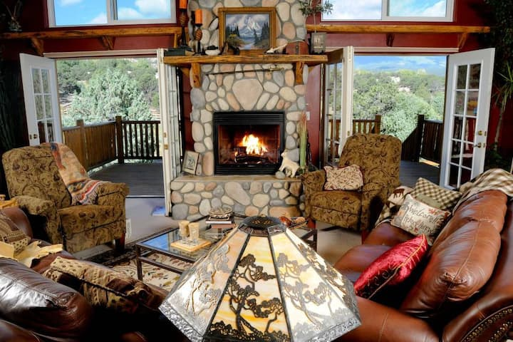 *Mtn Goat Lodge B&B and Dairy Goat Farm! 2 room suite