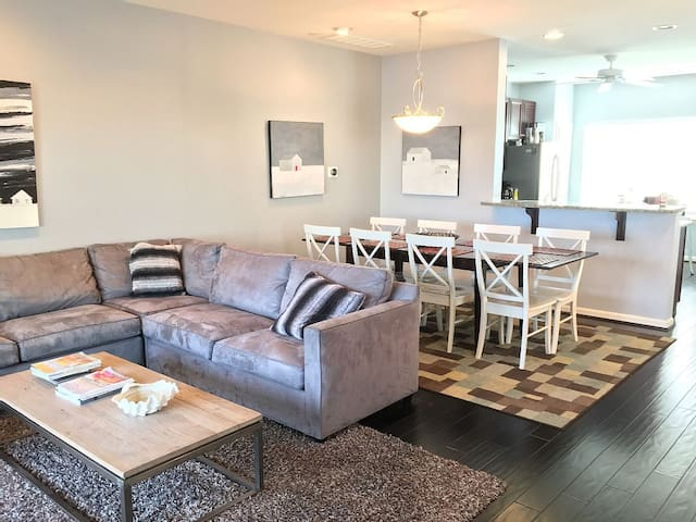 Rehoboth Beach Townhouse - Perfect Location