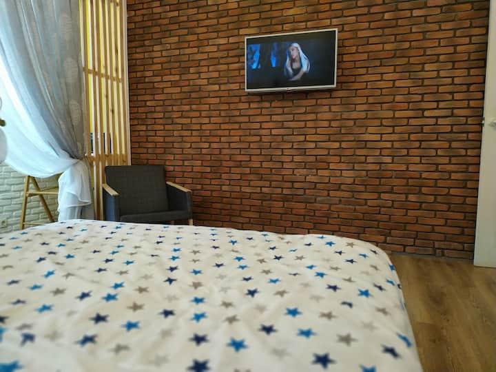 Дом на Болгарской(2 этажа,3 спальни)  - cottage