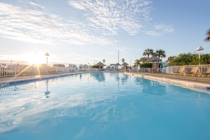 Access to a Pool & Hot Tub. Mini Golf Course. The Perfect Family Escape!