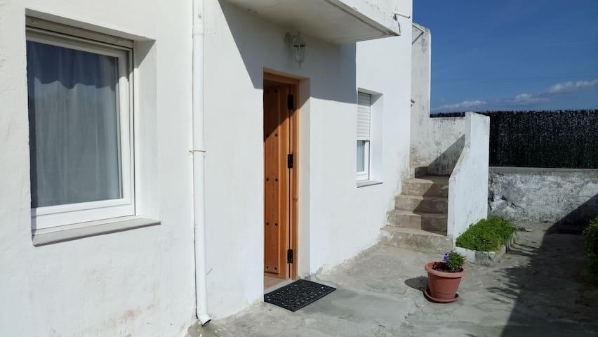Apartamento a 10 minutos de la playa del Sardinero - Santander - Huis