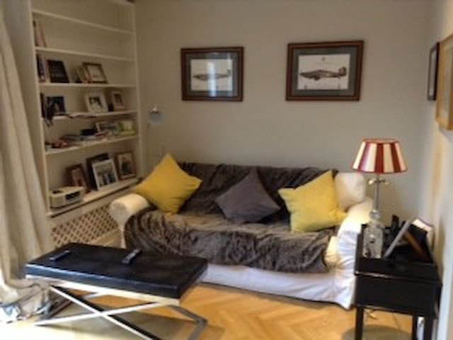 Charming flat near holland Park