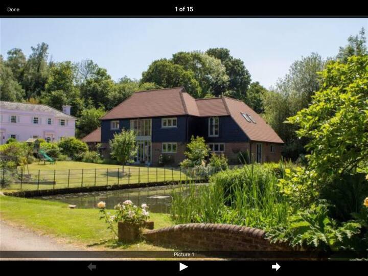 An idyllic, family friendly, barn style home