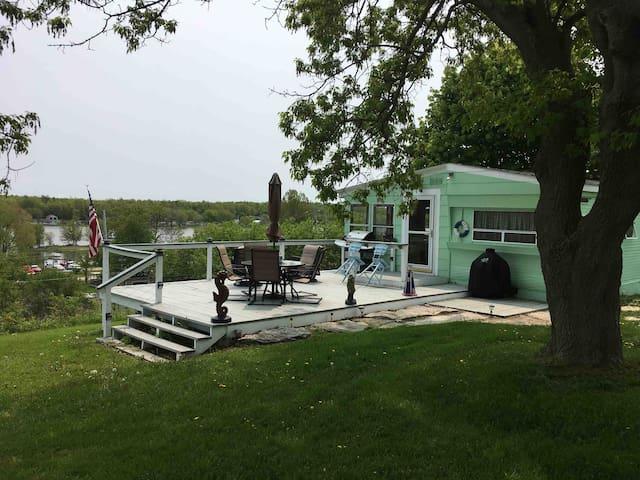 The Cottage at Snug Harbor