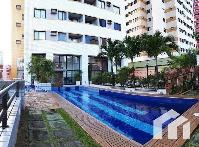 Quarto em Condomínio com piscina 30% OFF