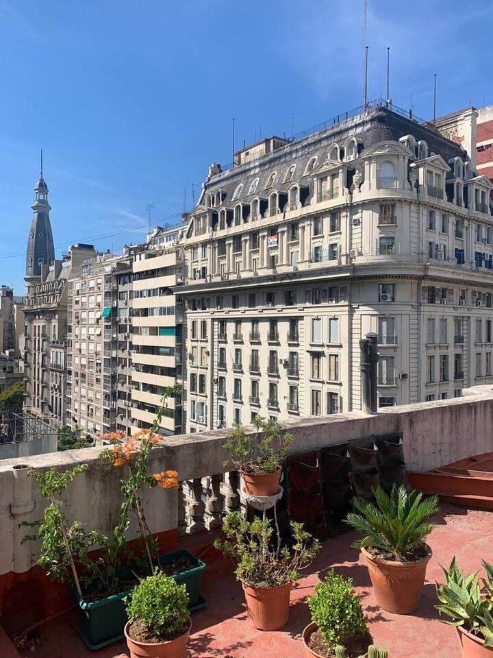 CITY_ Increible loft con terraza
