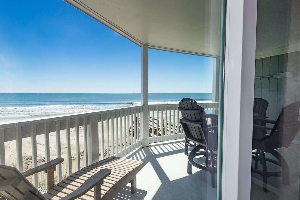 You will have the real beach and ocean feeling from this first floor balcony.