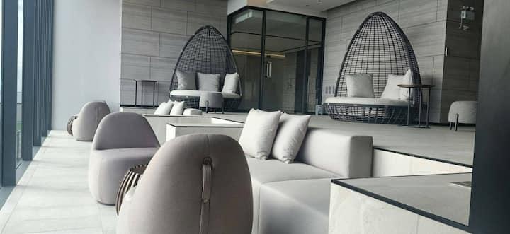 andromeda 仙女座豪华海景公寓 周围网红餐厅云集 遥望阁兰岛 一卧蜜月套房