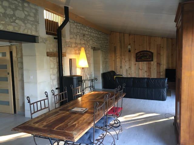 Maison d'hôtes 6 personnes avec piscine