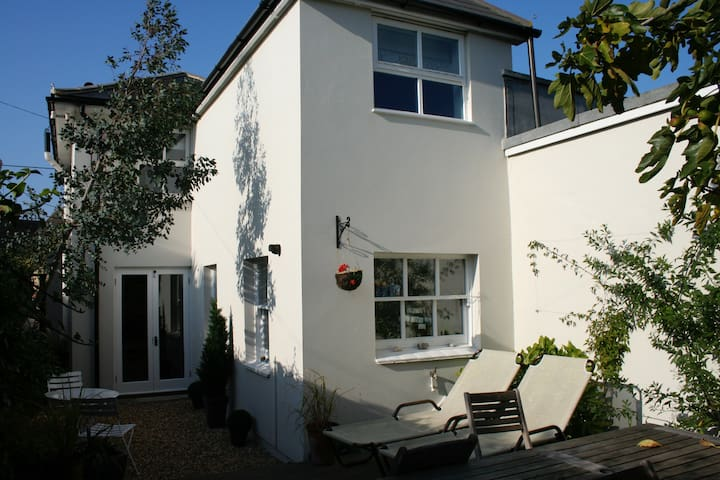 Cottage in the heart of Bembridge - Bembridge - Rumah