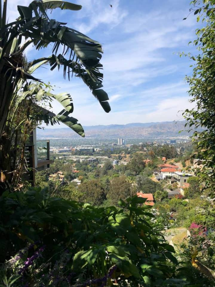 PEACEFUL Retreat INCREDIBLE Views Hollywood Hills
