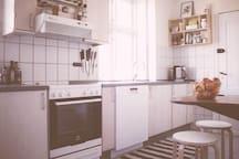 Big kitchen with dishwasher, nespresso mashine, blender, juicer and a folded table 3 per.