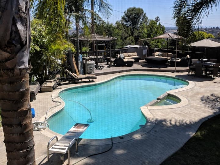 Paradise home in Mount Helix, San Diego