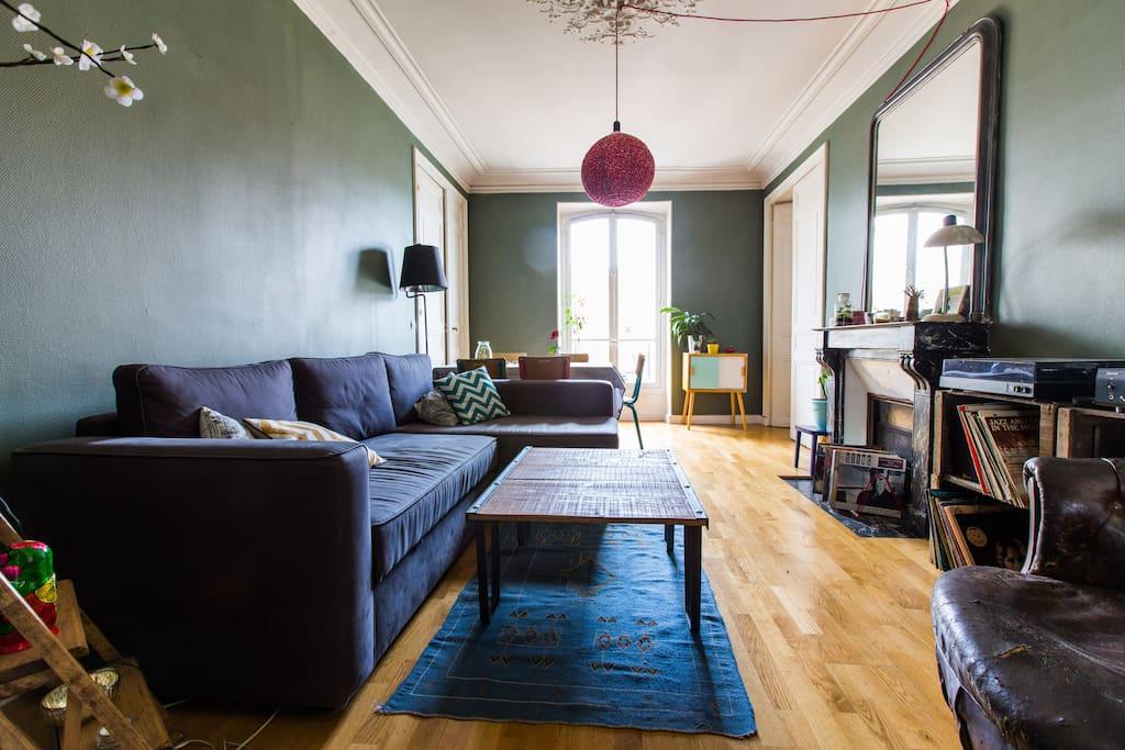 Chambre dans un bel appartement appartements louer for Appartement atypique a louer ile de france