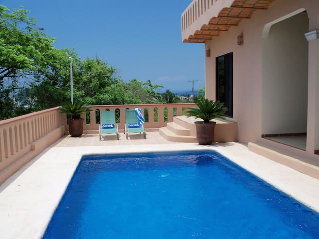 View House with Pool - Rincón de Guayabitos - บ้าน