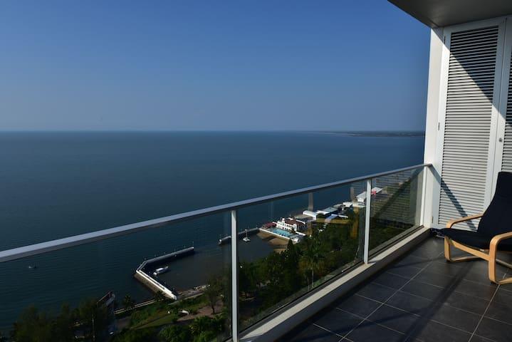 Urban Xenon Apartments Sea View