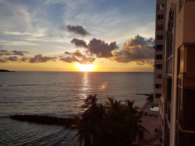 Apartaestudio con salida al mar - Cartagena - Condominium
